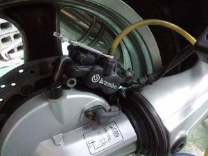 ブレーキ引きずりの修理。