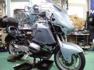 追えてる次の作業はこちらのバイク。
