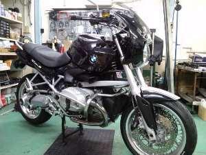 次に取り掛かるのはこちらのバイクです。と、泣き言。