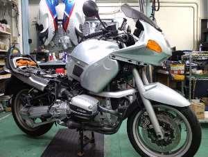 予定を変更してこちらのバイクに取り掛かりました。