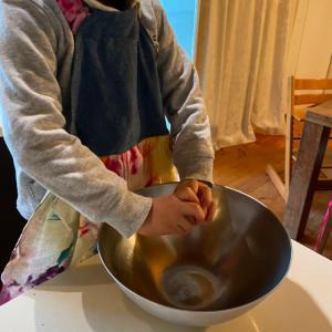 5歳の息子が朝ごはんを一人で作ってくれました