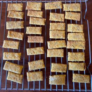 【レシピ付き】にんじんクラッカーをグルテンフリーのクッキーに♪