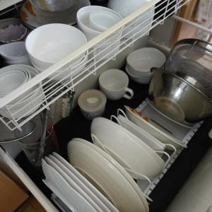 シンク下にお皿を収納するためにニトリのフライパンスタンドを使ってみた
