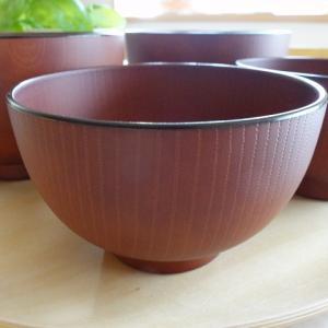 重い食器が辛くなったのでニトリの軽いどんぶり鉢を買いました