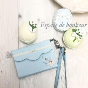 Espace de bonheur〜蓋付きパスケース