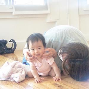 乳幼児からのコミュニケーション能力の高まりは親子のふれあいが大きく貢献します