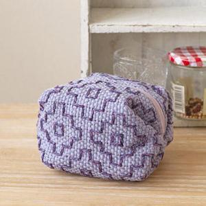 私の刺し子織りの作品が、ハマナカさんのホームページに載っています