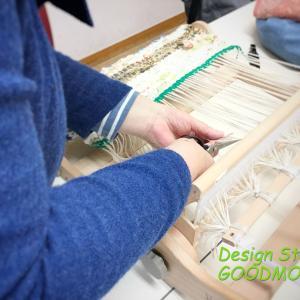 手織り教室の様子:裂き織りマット完成!!