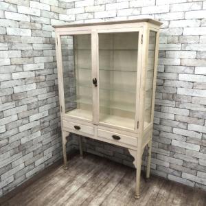 ビンテージ 木製ケビント 医療棚 シャビーペイント アンティーク 買い取りしました!祖師谷大蔵店 出張買取もお任せ下さい!