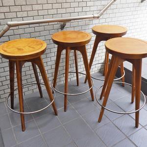 パシフィックファニチャーサービス PACIFIC FURNITURE SERVICE P.F.S ウッドスツール wood stool ハイタイプ 4脚 買い取りしました!自由が丘店 出張買取もお任せ下さい!