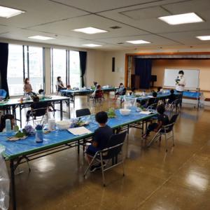 やと子ども美術教室 ~ つゆを描く ~