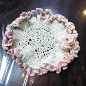 レース編み ~ フリルの花瓶敷 ~