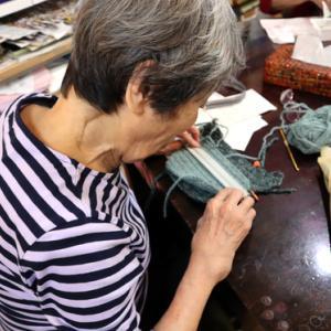 編みもの ~ カエルのポシェット ~
