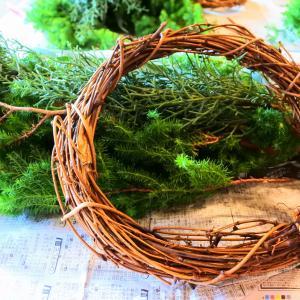 週末の楽しみ「クリスマスリース作り」