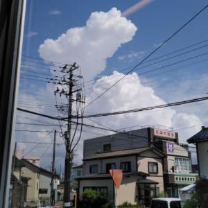 入道雲と花火