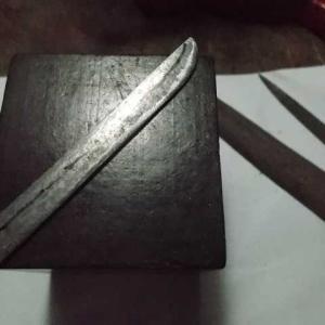 釘でミニチュアの短刀を作る その7