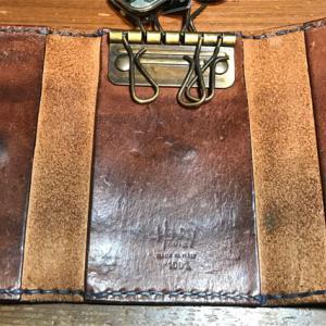 アンリー・クイールの革製品(その1)