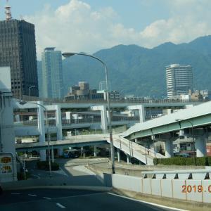 神戸の空は澄み渡るような青さ~