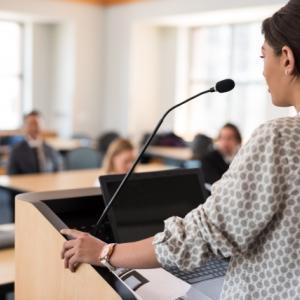 カルチャーセンターの講師の源泉徴収の必要性