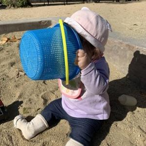 御影公園で砂あそび・・砂だらけ