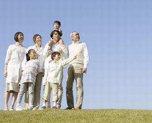 生活上は独立していても、親と同じ世帯のままになっている子… 住民票の世帯分離