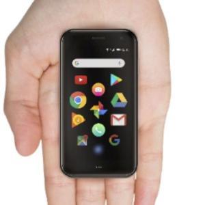 超小型のAndroidスマホ「Palm Phone」日本上陸、3.3型液晶で手のひら大 - 価格は税込4万4800円。