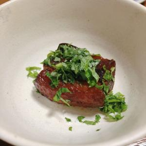角煮と煮豚。調理過程が似ているから同時調理が可能。ラクだわ~♪