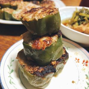 ピーマンの肉詰め、作るの楽しい食べたら美味しい!輪切りで作ってみたよ!