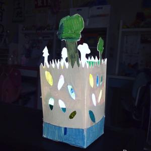 娘の作品ランプ