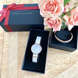 母の日のプレゼントに〜DWの時計はいかが?