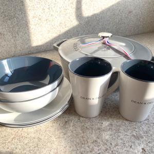 DEAN & DELUCAのモーニング食器とstaub鍋