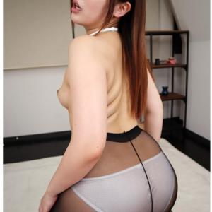 いいお尻のAV女優(清音咲良)