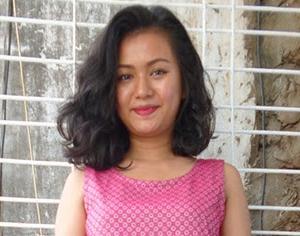 コロナ対策で自宅勤務中のミャンマー女子に写真を撮らせてもらった