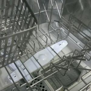 【ピカっ】食洗機の本体の洗浄・消臭