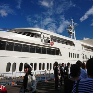 昨日は日本酒・焼酎を船上で楽しむ会に参加してきました。台風直撃の影響。