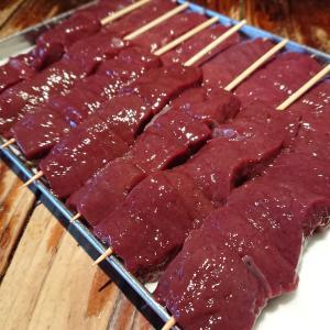 黒毛和牛レバー串!今日も寒いので焼酎のお湯割り、日本酒の熱燗、焼鳥湯豆腐がお薦めです!