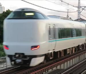 JR阪和線・浅香駅にて 平日朝ラッシュ時を含む特急くろしお