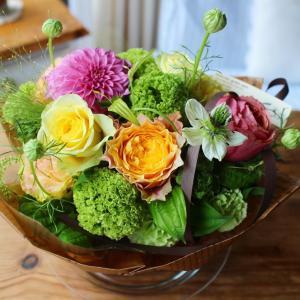 母の日に届いた美しい花束