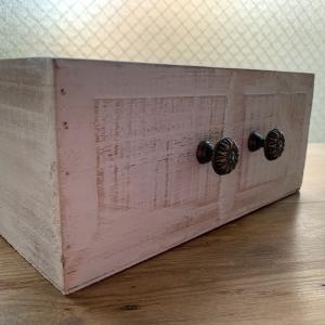 ダイソーのカッティングボードとボックスを使ってフレンチシックなハンドル付きボックスを作りました