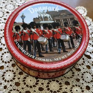 デンマーククッキーの缶