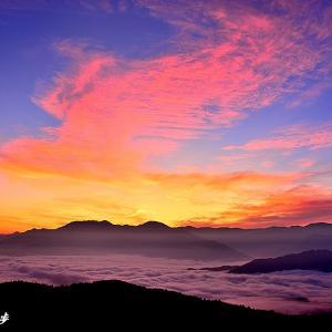 雲海と朝空