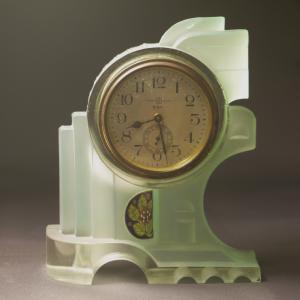 精工舎製 アール・デコデザインのガラスの置時計 昭和6年前後
