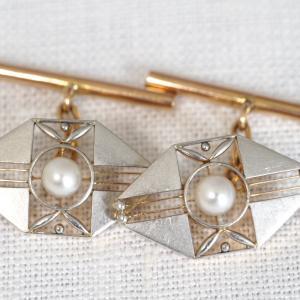 服部時計店製のK18・プラチナ製真珠のカフス&プラチナ製ダイヤモンドの無双方針 プラチナ刻印