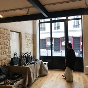 パリは一月のファッションウィークも終わり日が延びてきました!