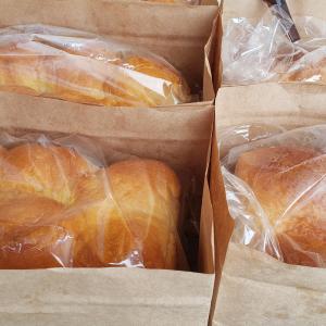 からりパン・ソーセージ・ホットドッグ販売します☀