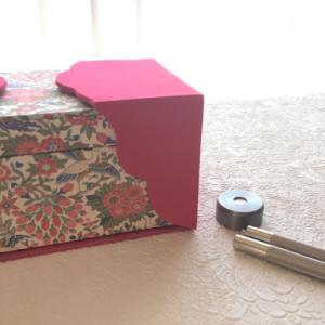 リバティで両開きの箱