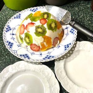 フルーツドームレアチーズケーキを作りました。