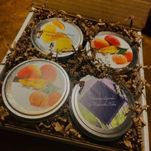 昨日のキャンドルの発送はフルーツの盛り合わせ。