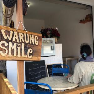 バリ島 ここのシフォンケーキ最高です Warung Smile