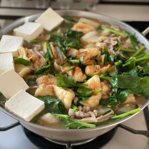 白菜と豚バラの味噌ニンニク鍋